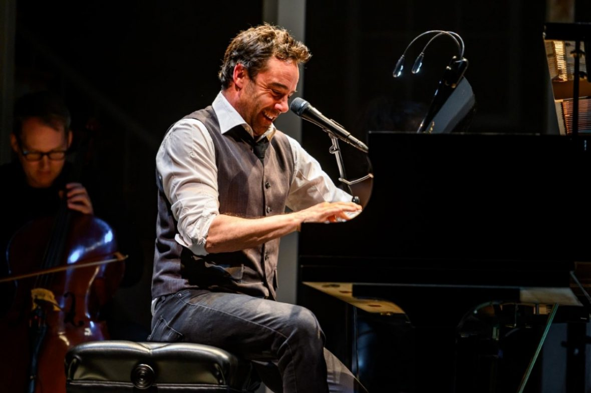 Mike Ross playing piano